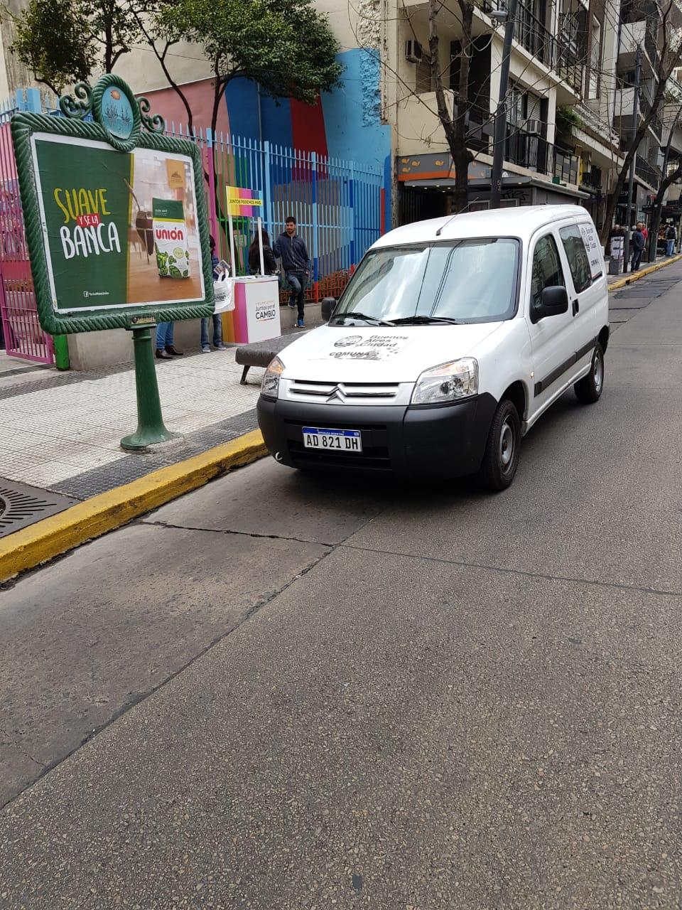 Falta de ética: La utilización de los autos del gobierno para la campaña política
